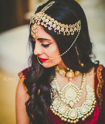Open hairdo for brides  ramitbatraphotography