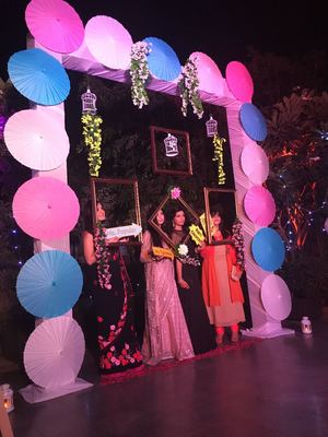 Photobooth for engagement function