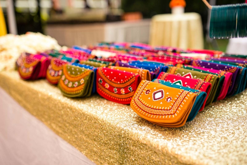 Suggested Gift For Wedding: Every Single Mehndi Favour Idea Out There That Your Guests